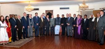 دوست ممالک کے تعاون سے خطہ میں امن، سلامتی اور ترقی میں حائل رکاوٹیں دور ہو سکتی ہیں: چودھری شجاعت حسین، مشاہد حسین سید