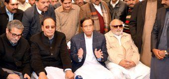 پاکستان مسلم لیگ اٹک، تلہ گنگ، جلالپور جٹاں میں کامیاب، گجرات میں 8 ووٹوں کا فرق رہا: چودھری شجاعت حسین، پرویزالٰہی