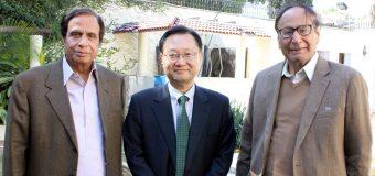 چودھری شجاعت حسین اور پرویزالٰہی سے جنوبی کوریا کے سفیر کی ملاقات