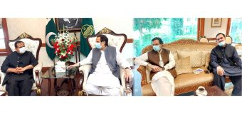 Speaker Ch Parvez Elahi and Moonis Elahi call on CM Usman Buzdar