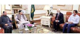 قائم مقام گورنر چودھری پرویزالٰہی سے وائس چانسلر جی سی یونیورسٹی اصغر زیدی کی ملاقات، شافع حسین اور شہزاد احمد بھی موجود تھے
