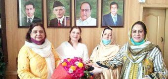 Ch Shujat Hussain, Ch Parvez Elahi want to solve peoples problems: Mehrene Malik Adam